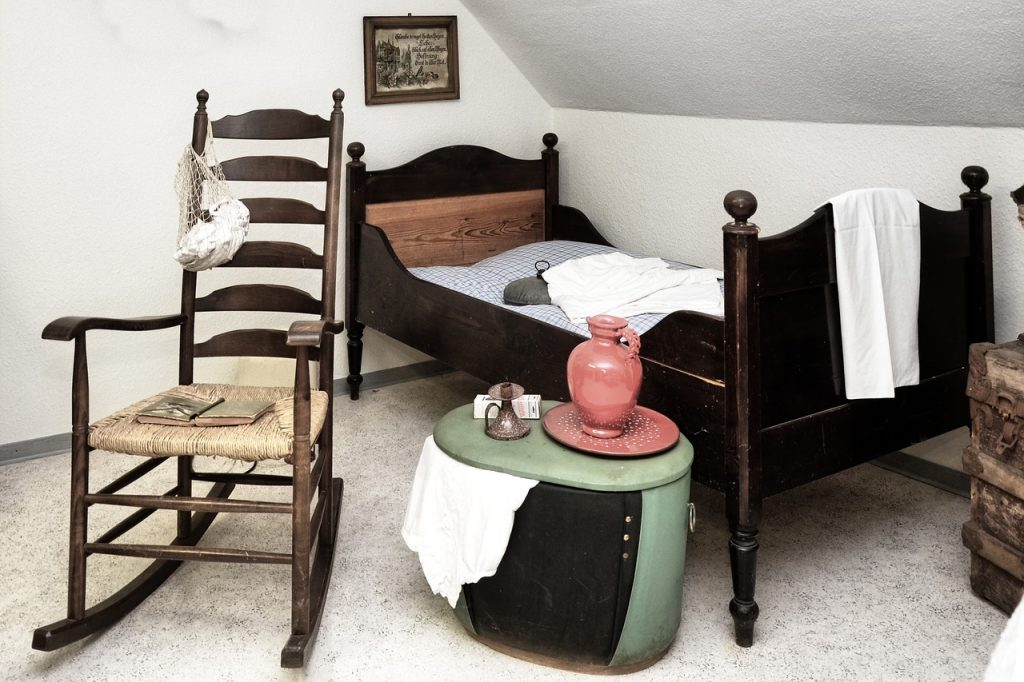 Mecedora antigua de madera sillas sillones butacas mecedoras hamaca hamacas blancas antiguas modernas baratas mejores ofertas precios económicas segunda mano sillon mecedora