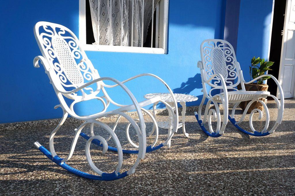 silla sillón butaca mecedora de madera de lactancia de bebé blanca antigua moderna de jardín barata económica de segunda mano, eames, mejor oferta precio